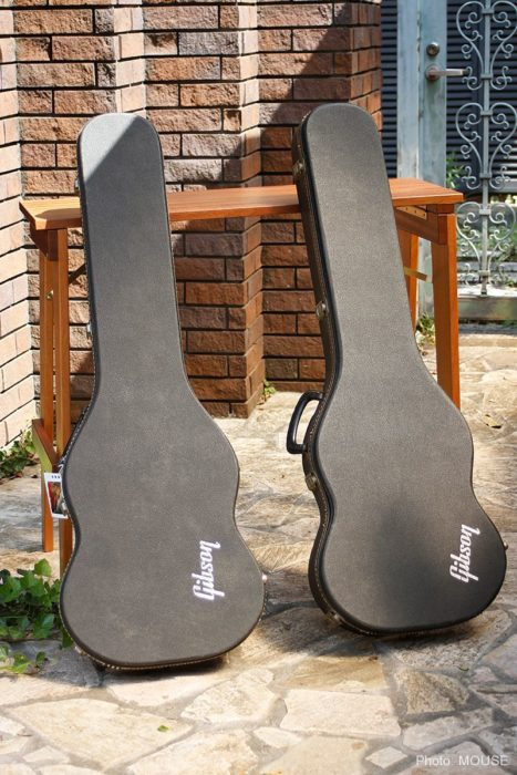 マホガニー製ギターベンチ