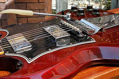 gibson-sg-guitar-00
