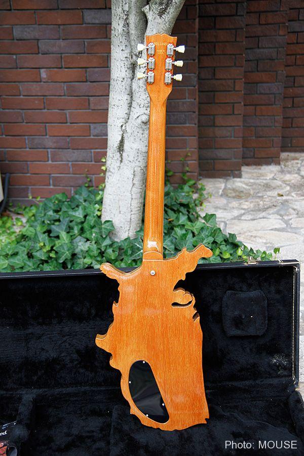 マップギターのバックパネル