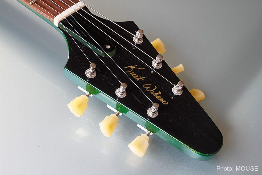 サンダーボルト・ギターのヘッドストック
