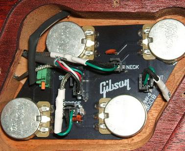 レスポール用のクイックコネクト基板