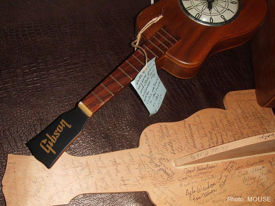 ギブソンの退職記念品