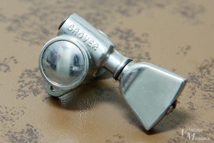 トライアングル・ボタンのグローバー・ペグ