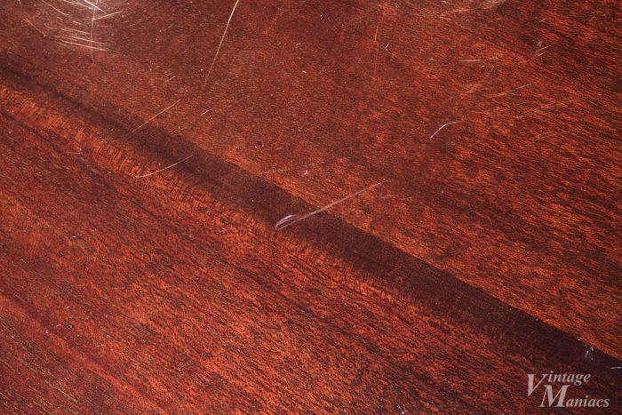 木目の見やすいシースルーウォルナットカラーのSGメロディーメーカー