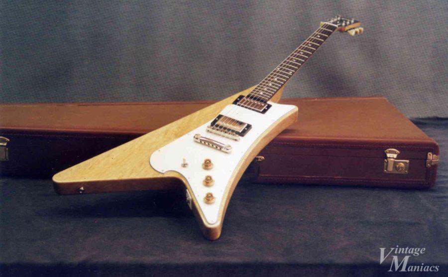 エアメールでやり取りしていたギターの写真