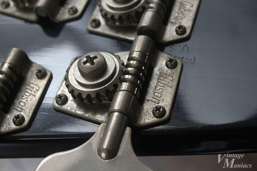 Gibsonロゴのベース用ペグ