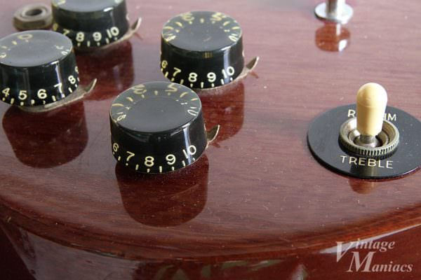 Gibsonのブラック・バレルノブ