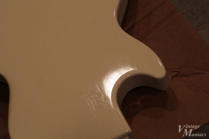 ビリー・ジョー・モデルのラッカー塗装