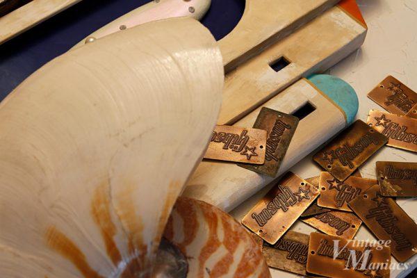 Gibsonバッジの色合いが良く出た写真