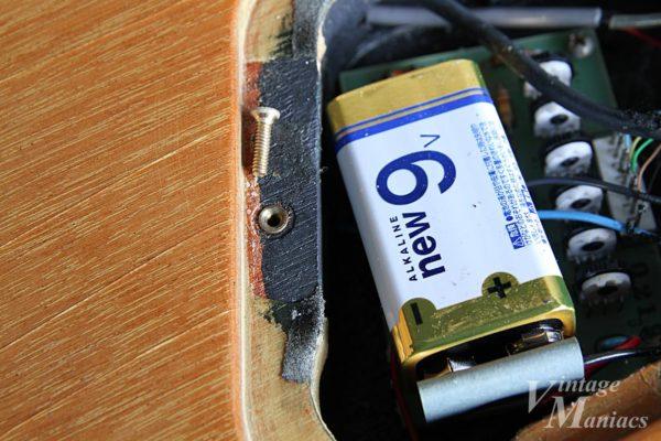 チェット・アトキンス・モデルのバッテリー