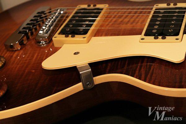 Heritage Guitarsのピックガード