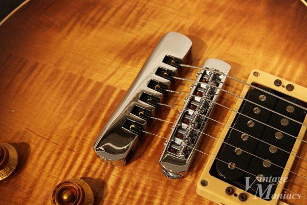 Schallerが仕様されたHeritage Guitars