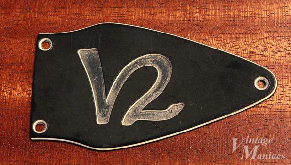 Gibson Flying V 2のトラスロッドカバー