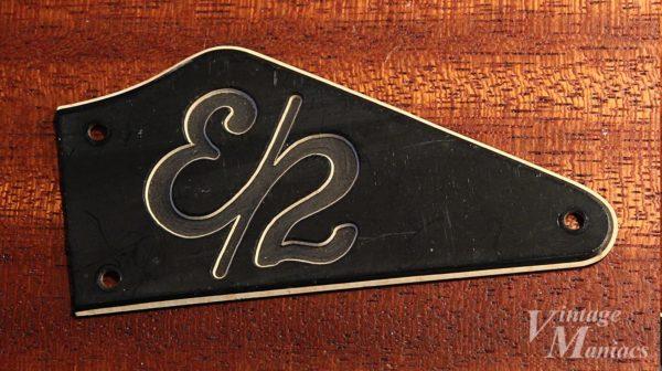 Gibson Explorer 2のトラスロッドカバー