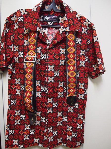 ジミ・ヘンドリックスが使用していたストラップと同じ柄のシャツ