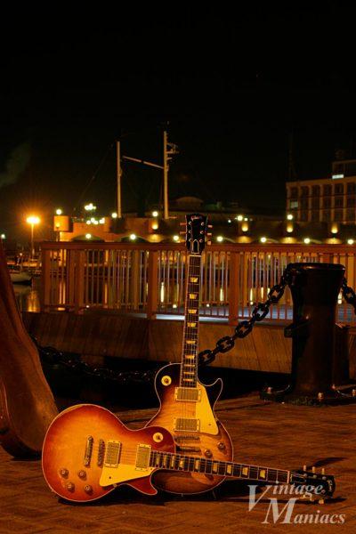 港で撮影したArea59レスポール