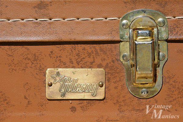 コスタリカ製のGibsonバッジ
