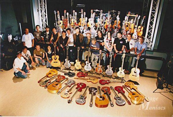 集合したZemaitisギター