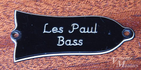 Les Paul Bass刻印のトラスロッドカバー