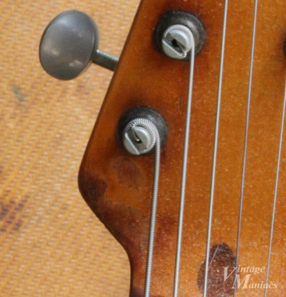 エリック・クラプトンのギターのようなタバコの焦げ跡