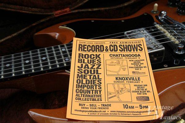 ギターケースに入っていたレコード&CDトレードショーのチラシ