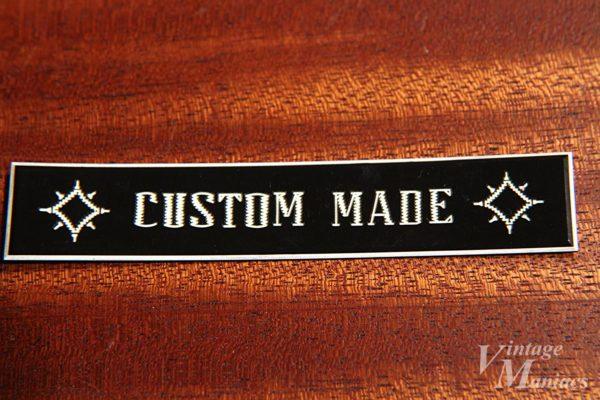GibsonのCUSTOM MADEプレート