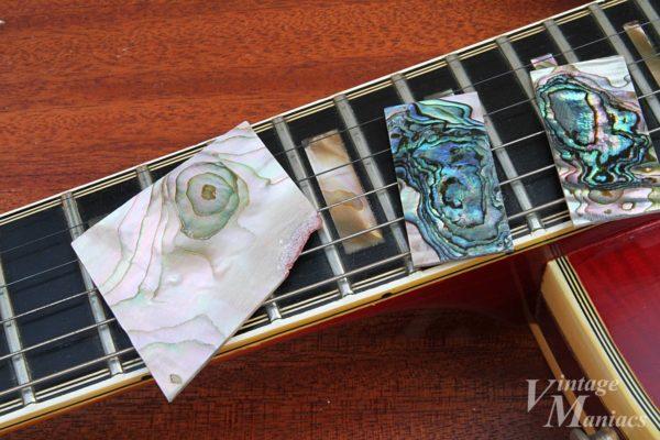 ギターのネック上に置いたアバロン