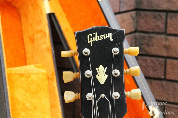 Gibson ES-175のGibsonロゴ