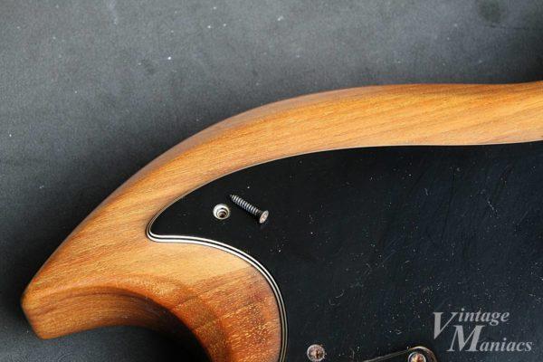 Gibson The SGのピックガードを固定しているスクリュー