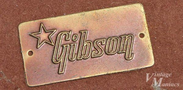 状態の良いGibsonロゴのブラスバッジ