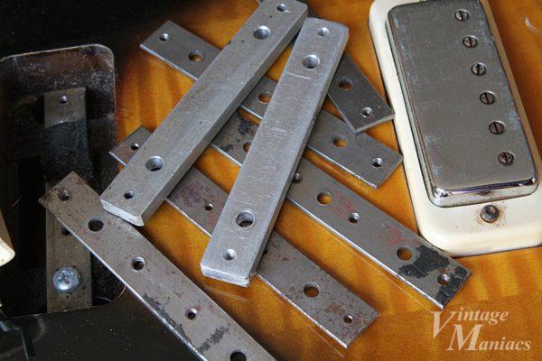 アルミ削り出しの厚みがあるベースプレート