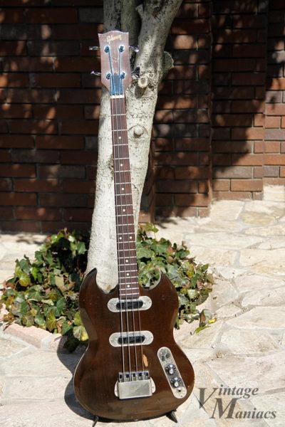 ギター用のピックアップを流用したベース