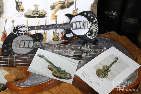 Zemaitisのミニチュアギター