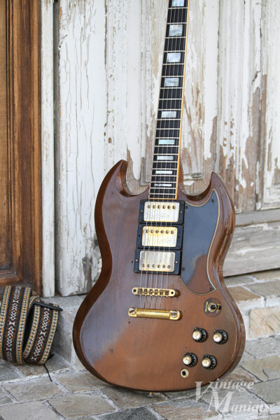 ギターストラップとSG Custom