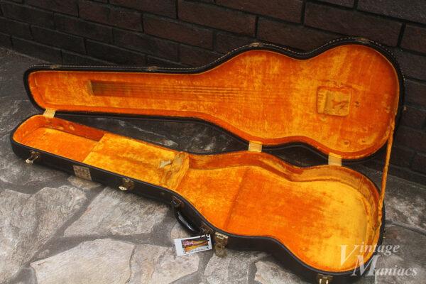 イエローライニングのギターケース